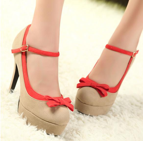Туфли с бантиками